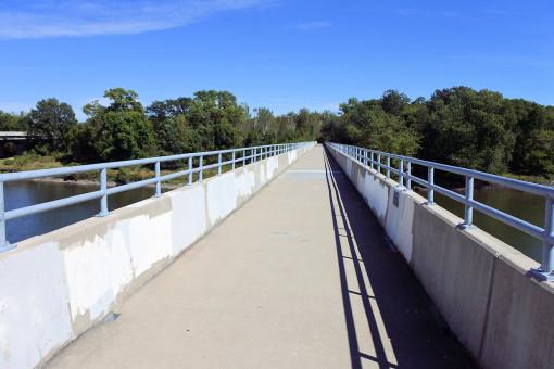 Photo of the bike path bridge over the Cedar River.